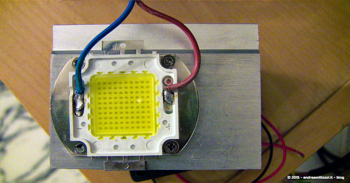 Lampade Per Proiettori.Progetto Modding Videoproiettore Con Lampada Led Andrea