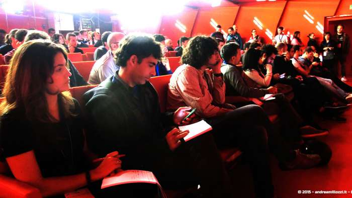 Andrea Millozzi blog - Hackathon: The Big Hack, Maker Faire Roma 2015 - pubblico al pitch time