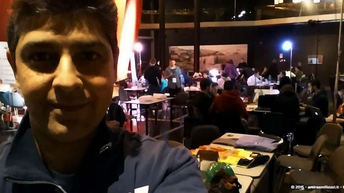 Andrea Millozzi blog - Hackathon: The Big Hack, Maker Faire Roma 2015 - al lavoro di notte