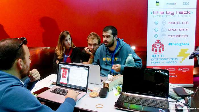 Andrea Millozzi blog - Hackathon: The Big Hack, Maker Faire Roma 2015 - team al lavoro