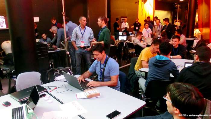 Andrea Millozzi blog - Hackathon: The Big Hack, Maker Faire Roma 2015 - nerd al lavoro fino all'ultimo secondo
