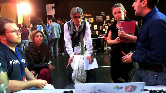 Andrea Millozzi blog - Hackathon: The Big Hack, Maker Faire Roma 2015 - la giuria valuta moviTe