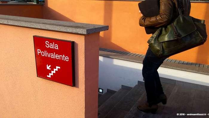 Andrea Millozzi blog | Ho incontrato Marco Montemagno | scale per la sala polivalente